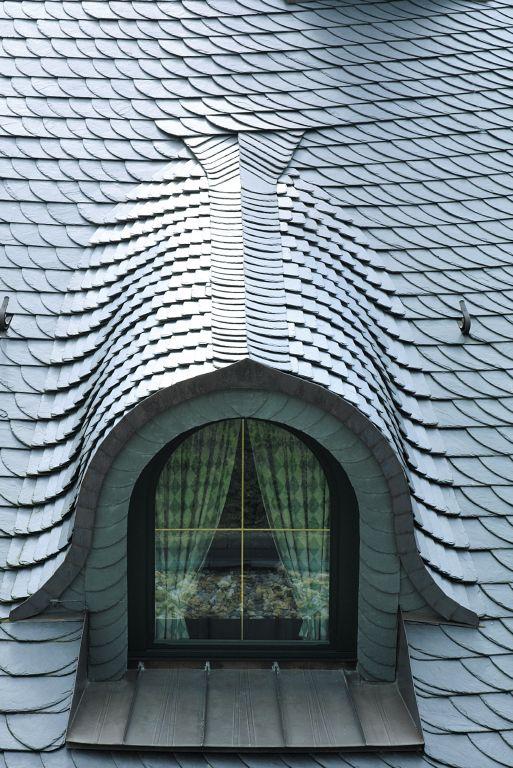 Akmeniniai stogai ir fasadai