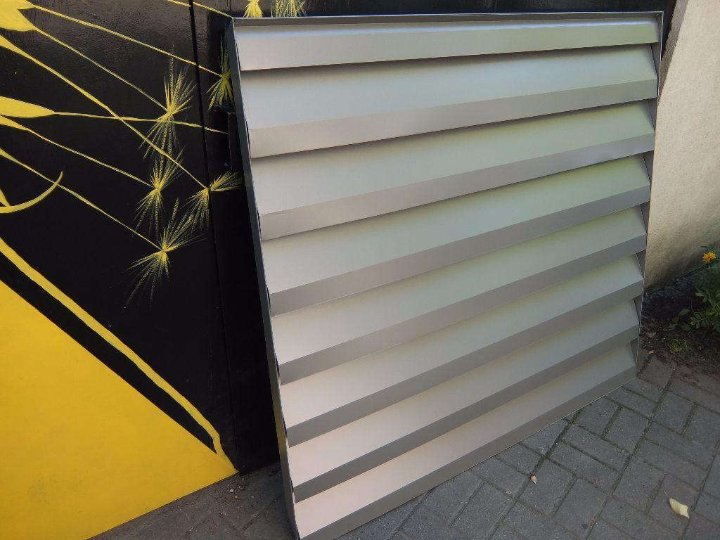 fasadinės ventiliacijos grotelės