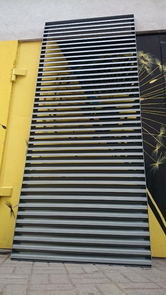 skardinės fasado grotelės