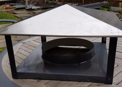 Kamino kepurė su stogeliu